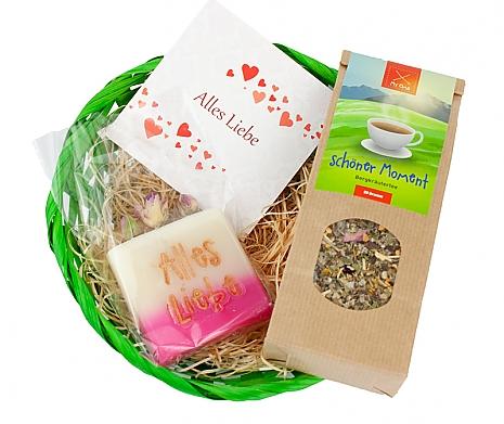 Osterkörbchen mit Tee und Seife