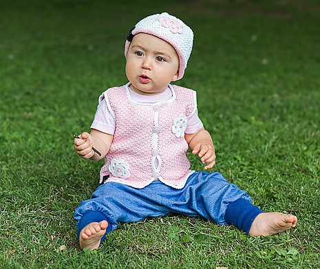 DIY Babyset Blütenzauber Weste & Mütze