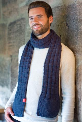 Schal mit Boston Wolle gestrickt